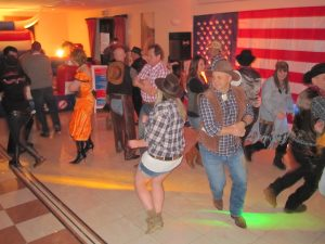BARN AND LINE DANCE HIRE LONDON ESSEX KENT SURREY