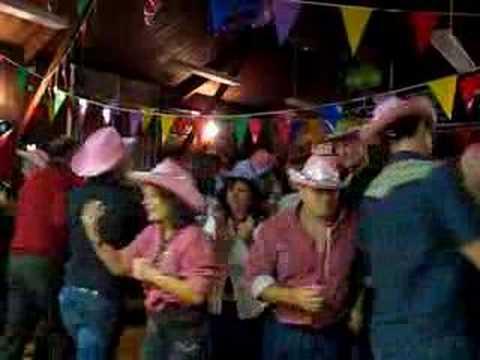 BARN DANCE LINE DANCE iNSTRUCTOR CALLER FOR HIRE